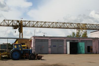 открытая складская площадка на огражденной территории